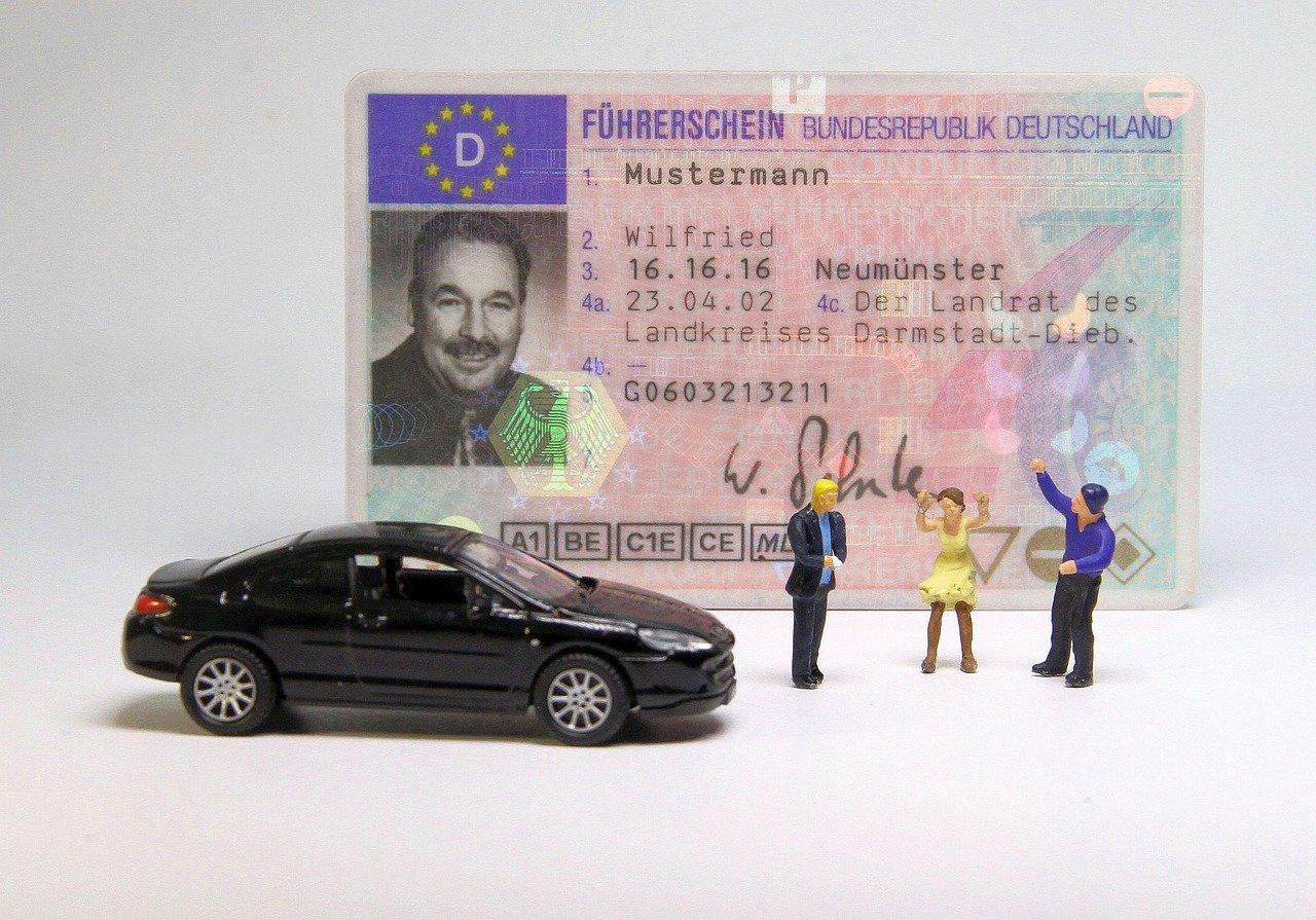Автошколы и курсы вождения в Минске
